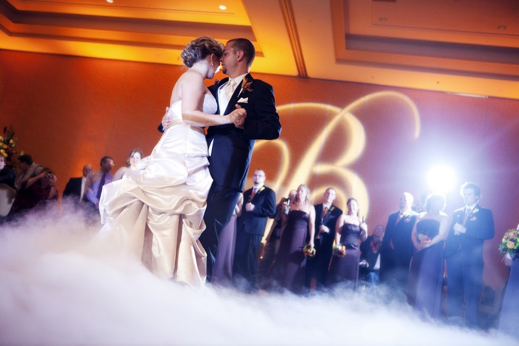 Dallas Wedding DJ, Randy Ro Weddings, Dancing on a Cloud